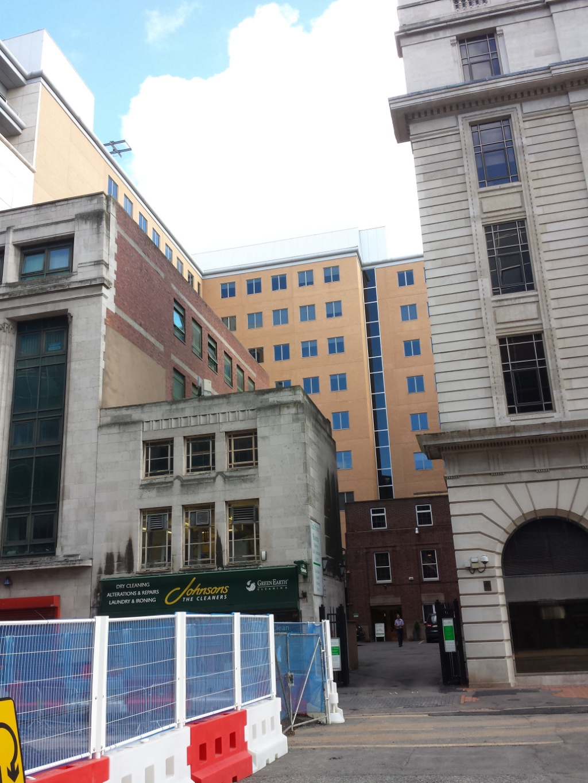 Bull Street Quaker Meeting House tucked away lower right in dark brick